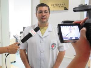 IMG_6099-300x225 Dr Reginaldo Filho concede entrevista para emissora chinesa.